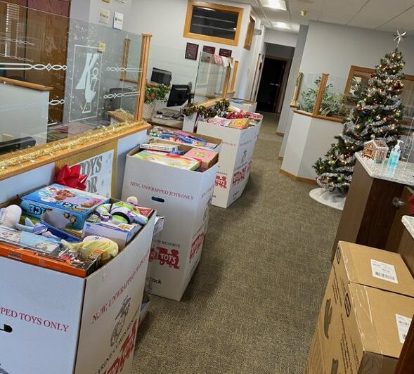 Spreading holiday cheer to deserving kids 5